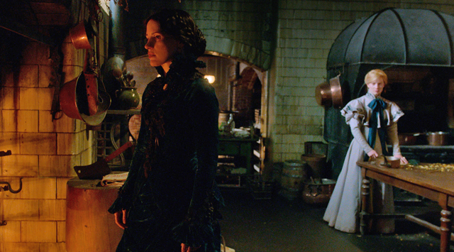 Crimson-Peak-2, Copyright Universal Pictures International